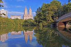 Central Park en Boogbrug, New York Stock Foto