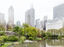Central Park i Manhattan linia horyzontu w NYC Obrazy Royalty Free