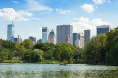Central Park Lake i Manhattan, New York Arkivbilder