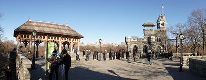 Central Park op een zonnige maart-dag de Stad in van Manhattan, New York stock afbeelding