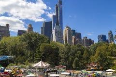 Central Park- und Manhattan-Skyline in New York City, USA Lizenzfreies Stockfoto