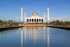Central Songkhla Mosque. Is between the road hatyai to songkhla,Thailand Stock Photo