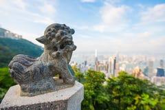 Centrala Hong Kong, Wrzesień, - 21, 2016: Statua lew przy Szczytowy wierza Zdjęcia Royalty Free