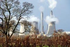 Centrale électrique dans le pays 2 Photos libres de droits