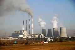 Centrale électrique de charbon de bois chez Ptolemaida, Grèce photo stock