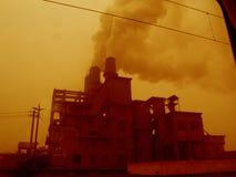 centrale électrique de cheminées Photo stock