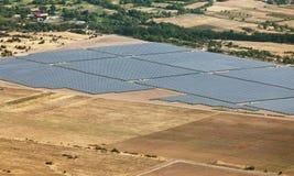 Centrale électrique photovoltaïque près de Kazanlak Photographie stock