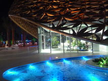 Centrale bouw van het Sharja de lichte festival bij Noor-eiland Royalty-vrije Stock Afbeelding
