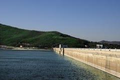 centrale d'hydro-électricité de barrage Image stock