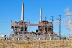 Centrale de charbon photo stock