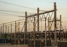 Centrale elettrica ad alta tensione Immagini Stock