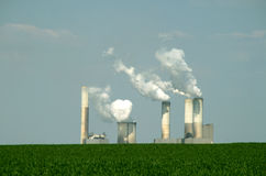 Centrale elettrica Coal-burning Fotografie Stock
