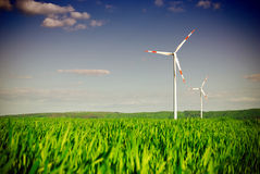 Centrale elettrica della turbina di energia di vento Fotografia Stock Libera da Diritti