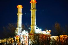 Centrale elettrica di scena di notte Immagine Stock