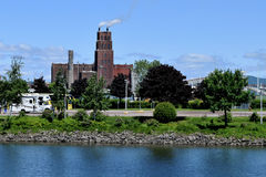Centrale elettrica e fiume, Québec, Canada Fotografia Stock Libera da Diritti