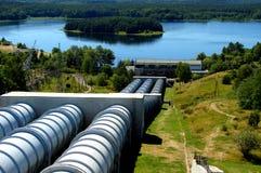 Centrale elettrica e lago di immagazzinaggio mediante pompe Kwiecko in Zydowo in Polonia Fotografie Stock