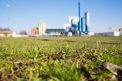 Centrale elettrica e natura Immagini Stock