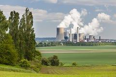 Centrale elettrica e paesaggio Fotografie Stock