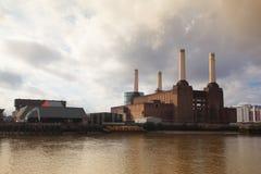 Centrale elettrica famosa di Battersea Immagine Stock Libera da Diritti
