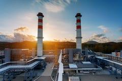 Centrale elettrica, l'area della centrale elettrica Alba di tramonto di luce solare immagine stock