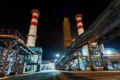 Centrale elettrica, l'area della centrale elettrica Alba di tramonto di luce solare Immagini Stock Libere da Diritti