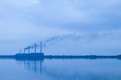 Centrale elettrica nel lago in Zmiev, Kharkov Fotografia Stock Libera da Diritti