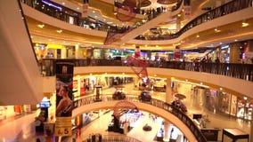 Centrale festival grote wandelgalerij, warenhuis in Azië stock footage