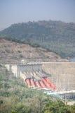 Centrale hydroélectrique d'Akosombo sur la rivière de la Volte au Ghana image libre de droits