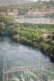 Centrale hydroélectrique d'Akosombo sur la rivière de la Volte au Ghana images libres de droits