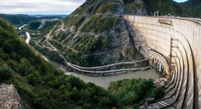 Centrale hydroélectrique d'Enguri HES en Géorgie photo stock