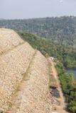 Centrale idroelettrica di Akosombo sul fiume del Volta nel Ghana immagini stock