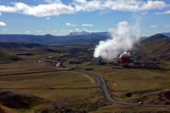 Centrale islandaise d'†géothermique d'usine « Images libres de droits