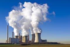 Centrale électrique à charbon de Brown Image libre de droits
