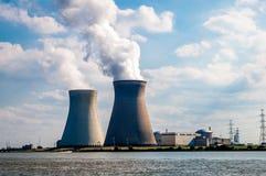 Centrale nucléaire, Belgique Photographie stock libre de droits
