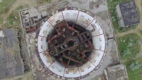 Centrale nucléaire détruite dans la vidéo d'antenne de Shelkino banque de vidéos