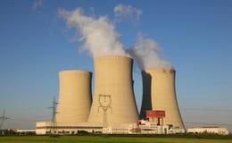 Centrale nucléaire Temelin dans la République Tchèque l'Europe Photos stock