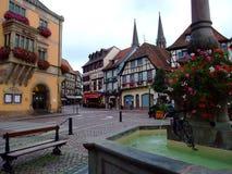 Centrale plaats van stad Obernai - de Elzas Royalty-vrije Stock Foto's