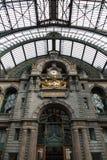 Centrale Post in Antwerpen, het binnenland van de Post Stock Afbeeldingen