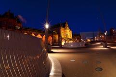 Centrale Post in 's nachts Groningen Stock Afbeelding