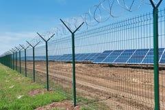 Centrale solaire Photographie stock libre de droits