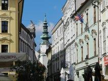 Centrale straten van Bratislava, Slowakije Royalty-vrije Stock Foto's