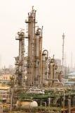 Centrales de raffineries de gaz Photographie stock libre de droits