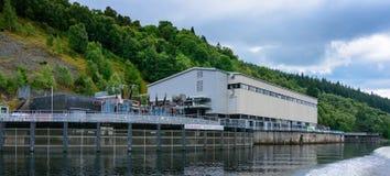 Centrali elettriche di cadute degli atrii su Loch Ness Fotografia Stock Libera da Diritti