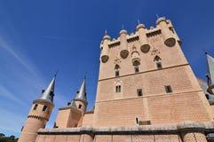 Centrali wierza Główna fasada Alcazar kasztel W Segovia Architektura, podróż, historia obrazy royalty free