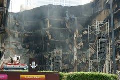 Centralworld Gebäude gebrannt. lizenzfreies stockbild