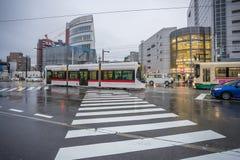 Centram Toyama miasta tramwaj w Toyama Japonia Fotografia Royalty Free