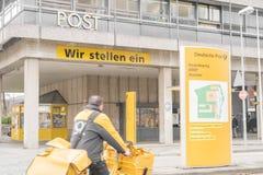 Centre allemand de lettre de courrier photos stock