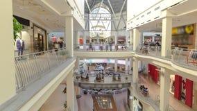 Centre commercial à l'intérieur d'intérieur sur Zemlyanoy Val clips vidéos
