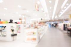 Centre commercial abstrait de tache floue Photos libres de droits