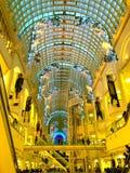 Centre commercial de décorations de Noël Image libre de droits
